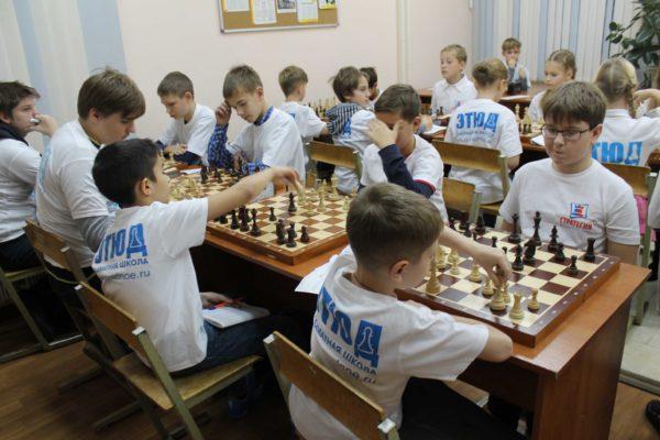 8_Шахматы-и-дети_матч-ШКСтратегия-ШШЭтюд-2014